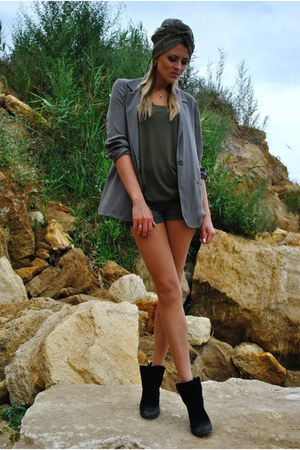 army green H&M shorts - gray Motivi jacket - army green H&M top