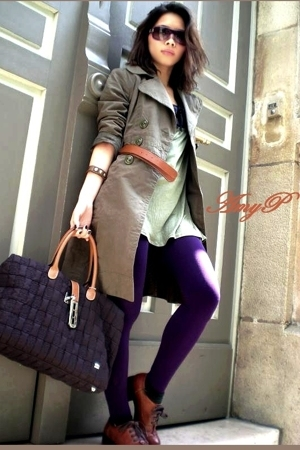 Gucci sunglasses - Louis Vuitton bracelet - Bershka coat - La Bagagerie accessor
