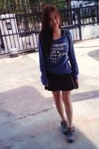 heather gray bag - navy sweatshirt - charcoal gray skirt