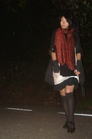 Home-made scarf - Country Road skirt - 10 Degrees jacket