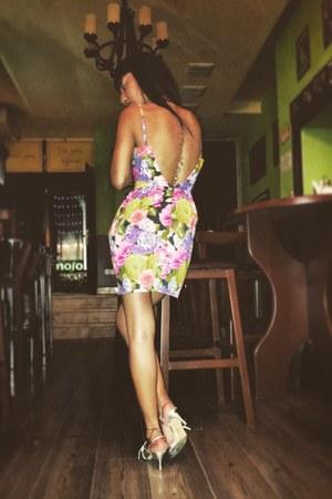 bubble gum floral Topshop dress