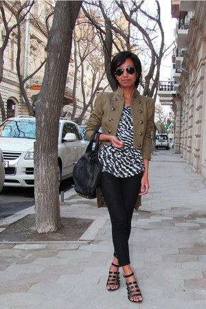 Mango jacket - black Moschino Cheap n Chic leggings - black Ray Ban sunglasses