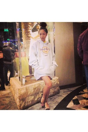 silver hoodie HRC sweatshirt - crimson bow Louis Vuitton shoes
