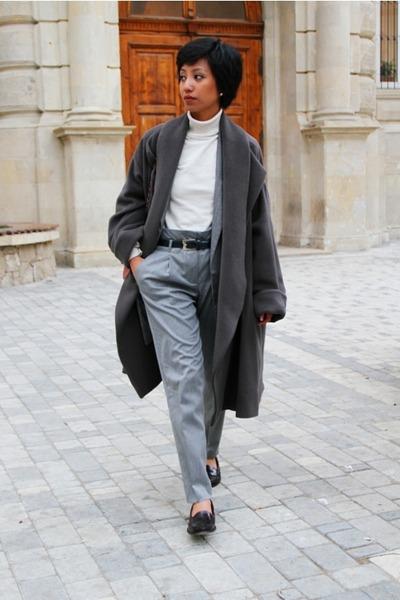 red classic falp Chanel bag - heather gray oversized Kenzo coat