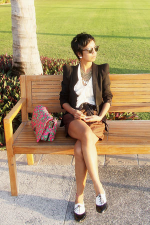 pinkgreen Marc Jacobs bag - black Zara blazer - brown donna karan shorts