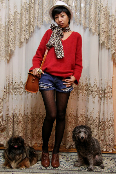 red fluffy vintage ebay sweater - brown H&M shoes