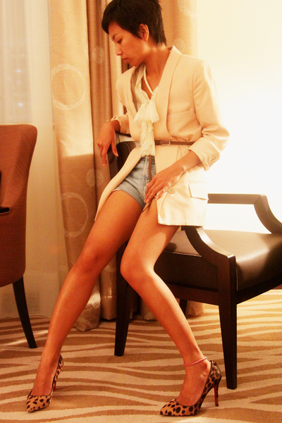 beige Stella McCartney - Temperly London - blue shorts - Marni belt - Louboutins