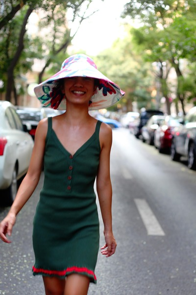 Dark-green-custom-made-dress-white-kenzo-hat