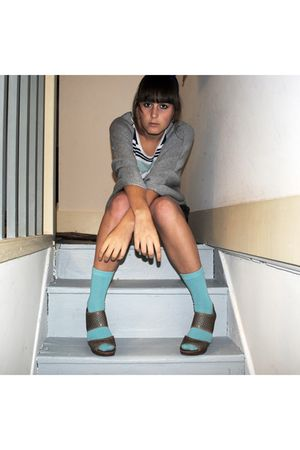 beige franco sarto shoes - blue thrifted socks - gray Forever21 shorts - green t