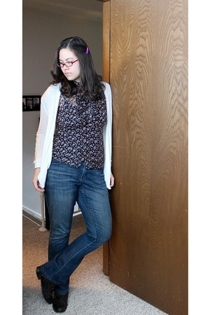 modcloth boots - Lauren Conrad jeans - Forever 21 top - hair bow Forever 21 acce