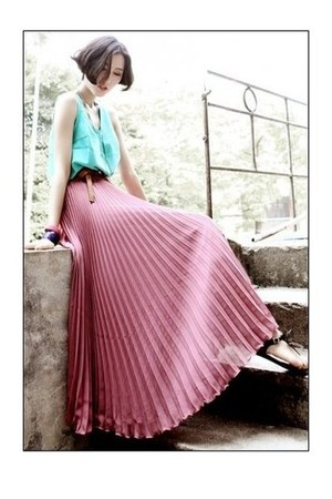 bubble gum pleated skirt romwe skirt