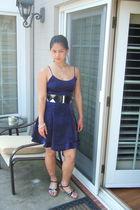 blue vintage dress - black papaya belt - silver venus bracelet - silver necklace