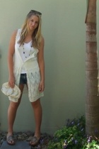 Faith - Dezario shoes - Sportsgirl vest - Mavi shorts - Miss Shop top - diva nec