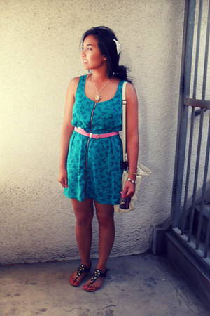 turquoise blue material girl dress - cream Bueno Collection bag