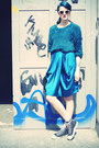 Teal-sweater-turquoise-blue-skirt-sneakers