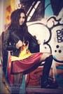 Dark-gray-leather-jacket-blazer-black-boots-heather-gray-tights