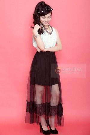black skirt - white top - black heels