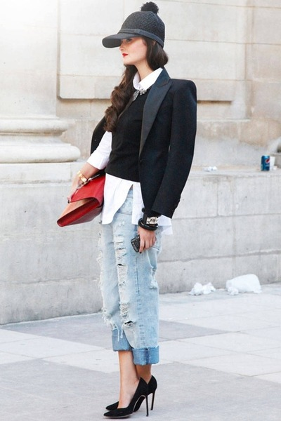 black hat - red bag - white t-shirt - sky blue pants - black vest - black heels