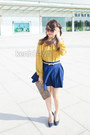 Dark-khaki-bag-mustard-blouse-blue-skirt-blue-flats