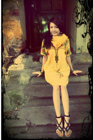 yellow dress - light yellow scarf - black sandals