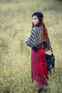 Dark-gray-scarf-black-boho-bag-ruby-red-bohemian-pants