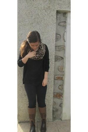 docca boots - Zara jeans - Bershka scarf - New Yorker ring - New Yorker blouse