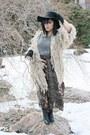 Eggshell-shakuhachi-coat-vintage-skirt-vintage-belt