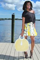 light blue skater Bebe skirt - yellow straw thrifted bag