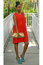 Red-pleated-laundry-dress-gold-bag-turquoise-blue-bakers-sandals