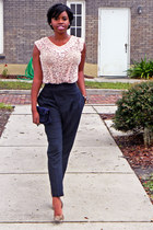 light pink lace vintage top - navy skinny Zara pants