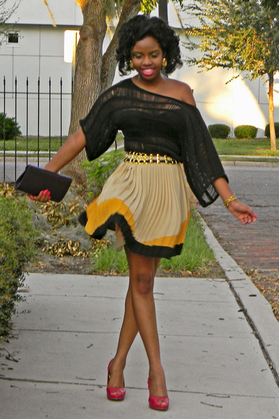 gold Sugarlips skirt - purple Aldo purse - hot pink Charles David heels