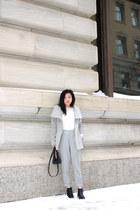 Aritzia coat - Wishbone boots - Club Monaco sweater - Aritzia pants