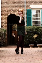 forest green pencil skirt thrifted vintage skirt - crimson tights