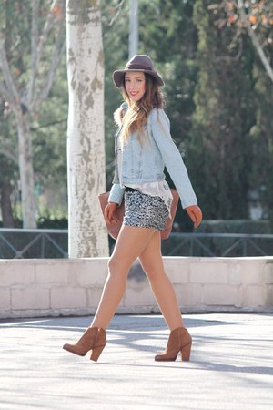 Zara boots - Primark bag