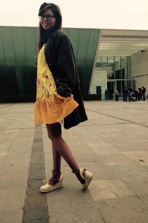 gray secondhand coat coat - yellow dress