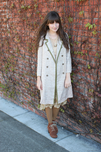 Chie Mihara boots - vintage dress - vintage coat - American Apparel tights