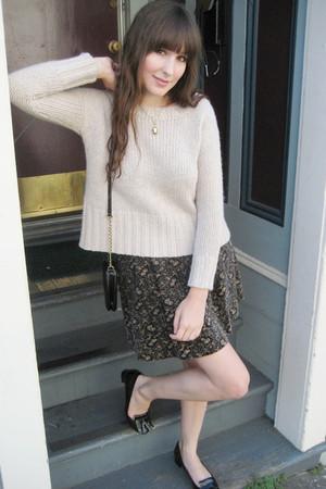 Zara sweater - thrifted skirt - Zara shoes - H&M purse - vintage necklace