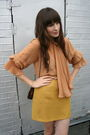 Vintage-blazer-vintage-gucci-blouse-vintage-skirt-vintage-ferragamo-shoes-