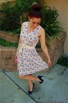 blue floral modcloth dress - bubble gum clutch Forever 21 bag