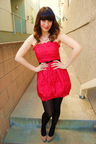 red scalloped modcloth dress - black H&M tights - tan suede Lulus heels