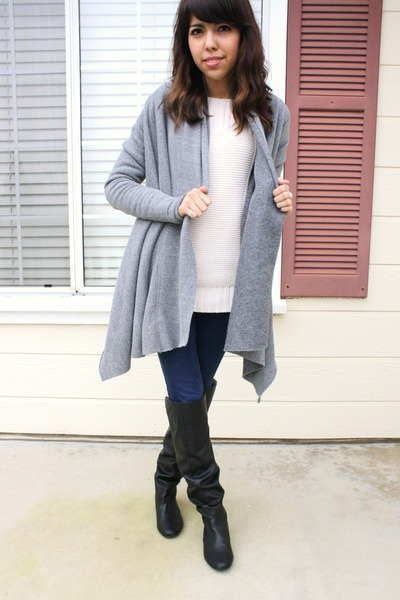 black thrifted boots - navy BDG jeans - cream thrifted sweater - heather gray al