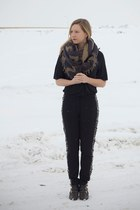 charcoal gray wilfred scarf - black Jeffrey Campbell boots