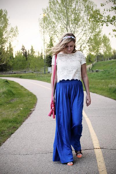 bubble gum town shoes purse - orange Aldo wedges - ivory lace dilema top - blue