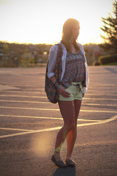 wilfred blouse - TOMS shoes - Element shorts - Billabong top