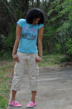 pink Urban Outfitters shoes - beige Old Navy shorts - blue delias shirt
