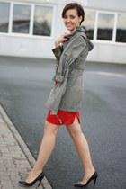 camouflage romwe shirt - parka Primark coat - H&M skirt - mai piu senza heels