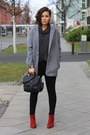 Ruby-red-tamaris-boots-heather-gray-primark-coat-black-pants