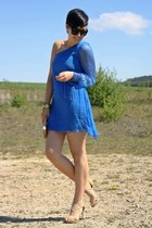 blue one shoulder Love dress - beige vintage bag - black 80s purple sunglasses -