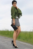 black clutch vintage bag - olive green romwe blouse - black H&M skirt - black Ne