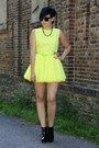 Black-buffalo-shoes-yellow-jones-and-jones-dress
